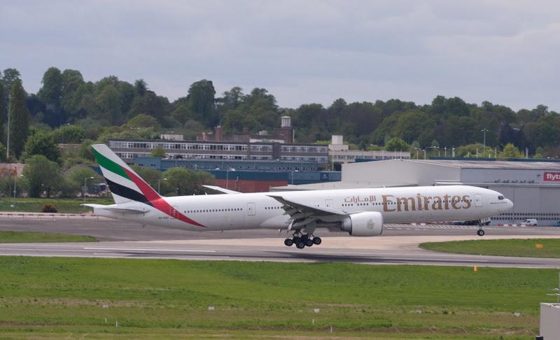Emirates Boeing 777-300ER landing at Birmingham Airport - Image, GhettoIFE
