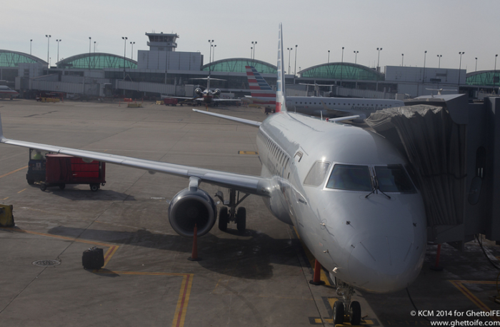 American Airlines Embraer E175 at Chicago O'Hare - Image, Economy Class and Beyond