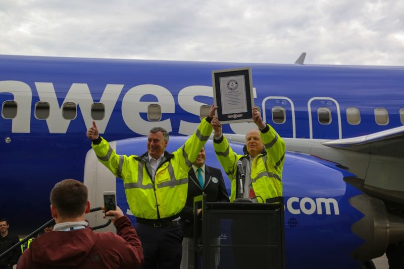 Boeing reciving a Guinuess World Record celebrating the 10,000th 737 coming off the production line