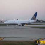 United Airlines Boeing 737-700, Image - Economy Class and Beyond