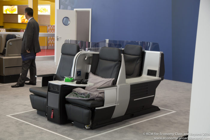 Thomson Vantage XL - the base of the Delta one business seat - Image, Econoy Class and Beyond