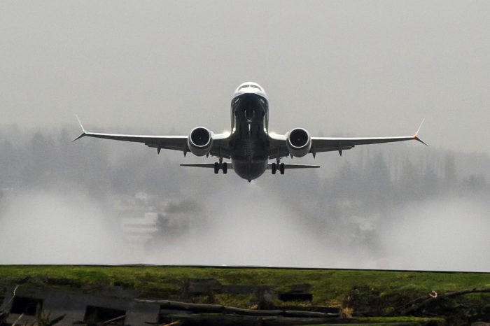 737MAX; 737MAX-8: TakeOff from Renton Field; 2016-01-29; K66500-01, Image - The Boeing Company