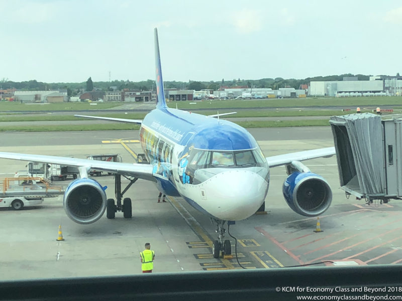 """Brussels Airlines A320 - """"The Smurfs"""" - Image, Economy Class and Beyond"""