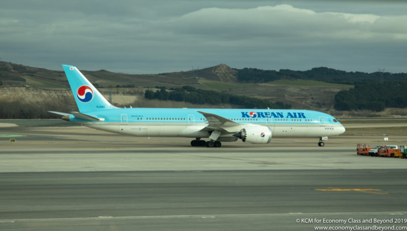Korean Air Boeing 787-9 Dreamliner - Image, Economy Class and Beyond